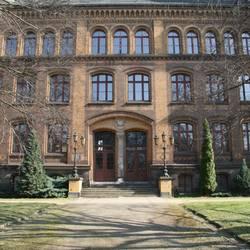 Haus Melachthon Fassade zur Neustraße