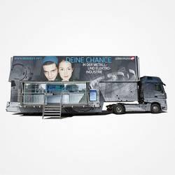 M   E Truck